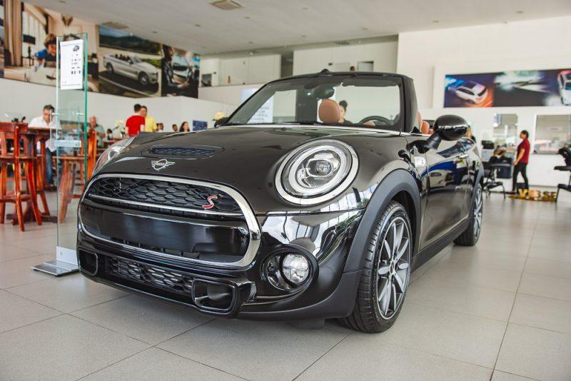 Weekend - Mini Fest atrai todos os holofotes para o Mini Cooper na Haus Motors BMW