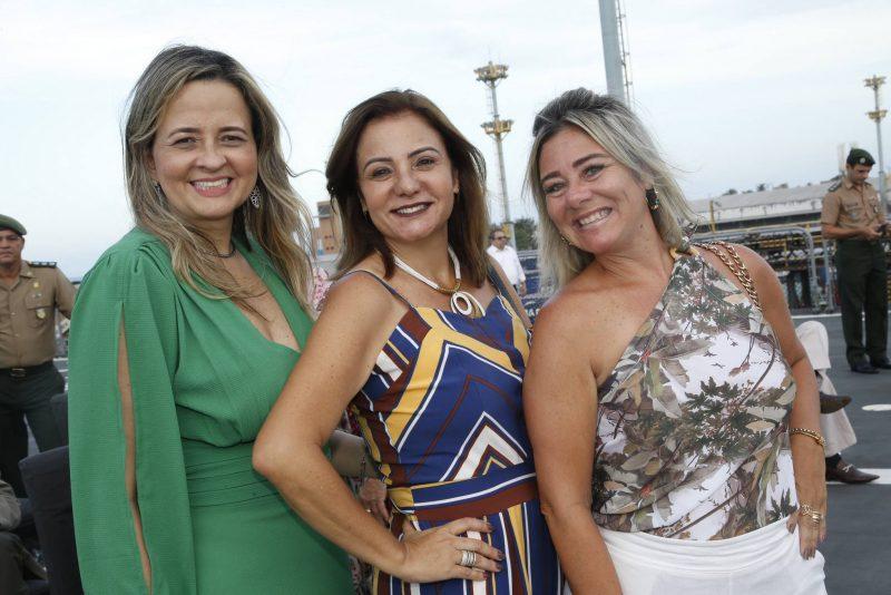Operação Amazônia Azul - Navio Doca Multipropósito BAHIA recebe quase 8 mil visitante no Porto do Mucuripe