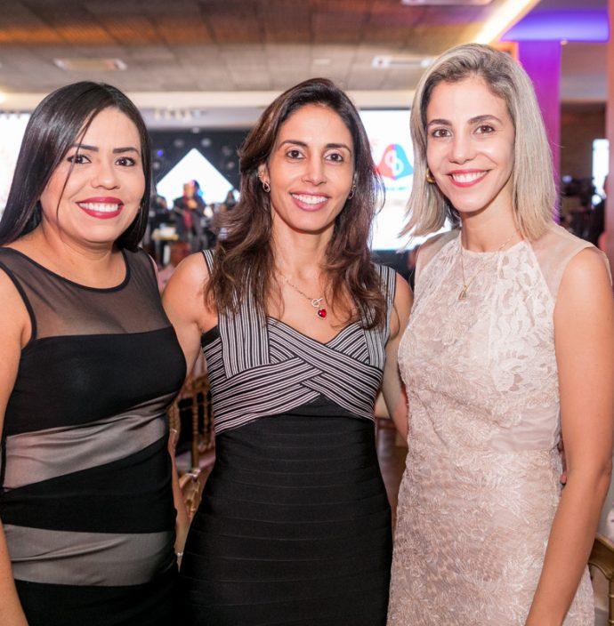 Nairgela Menezes, Tatiane Castro E Elaine Martins