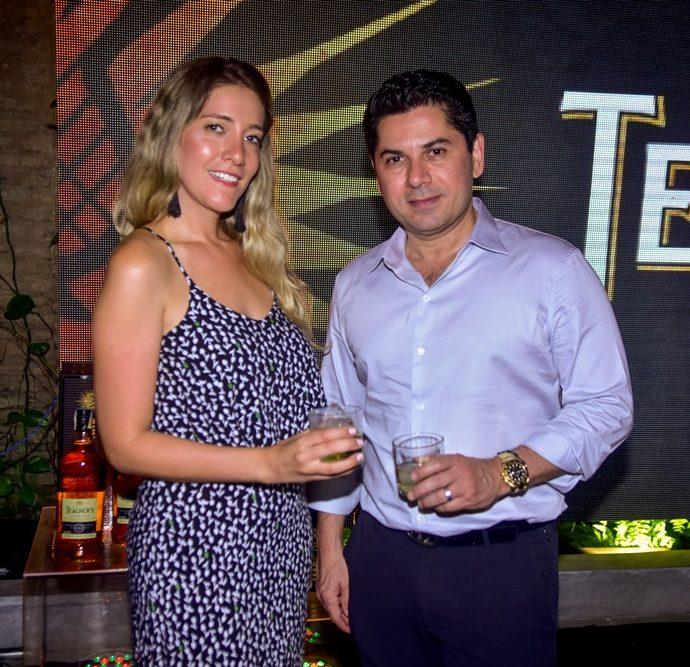 Paula Limongi E Pompeu Vasconcelos