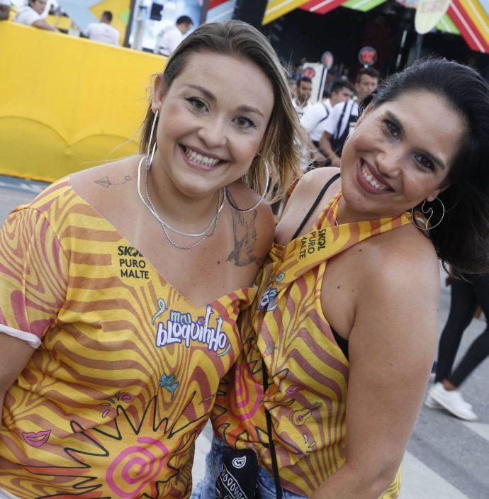 Paula Ribeiro E Jessica Oliveira