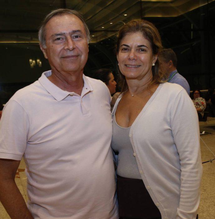 Pedro E Cristina Viana