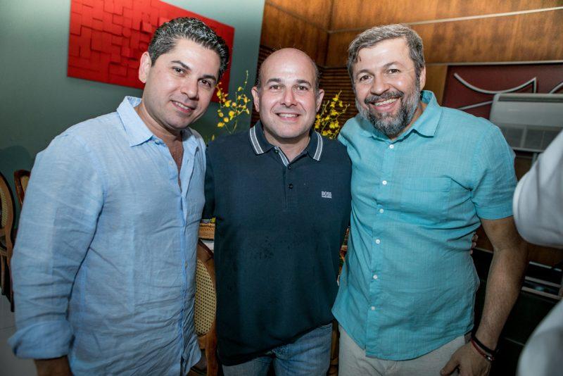 Golden years - Em sua melhor fase, Igor Queiroz Barroso celebra 48 anos com um festão no Edifício Mansão Macêdo