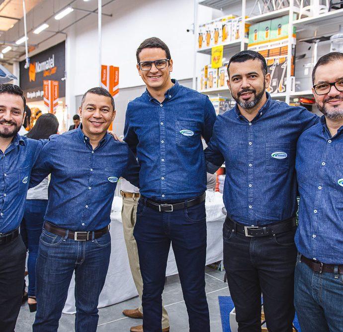 Rafael Maia, Jose Marques, Thomaz Robert, Daniel Braga E Ramon Dias