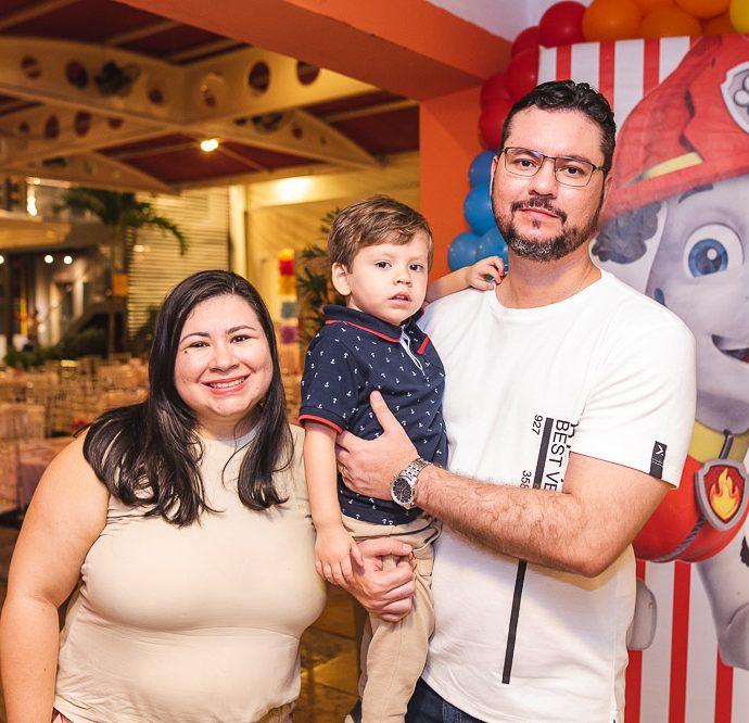 Rafaela, Bernando E Alisson Assunção