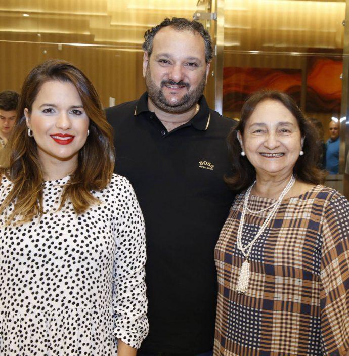 Renata, Patriolino E Graca Dias
