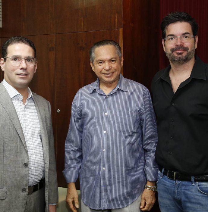 Roberto Araujo, Antonio Cambraia E Andre Pires