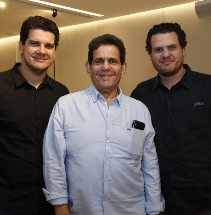 Roberto, Roberto E Humberto Fontenele