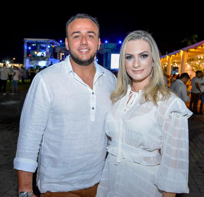 Samuel Marques E Carla Assis
