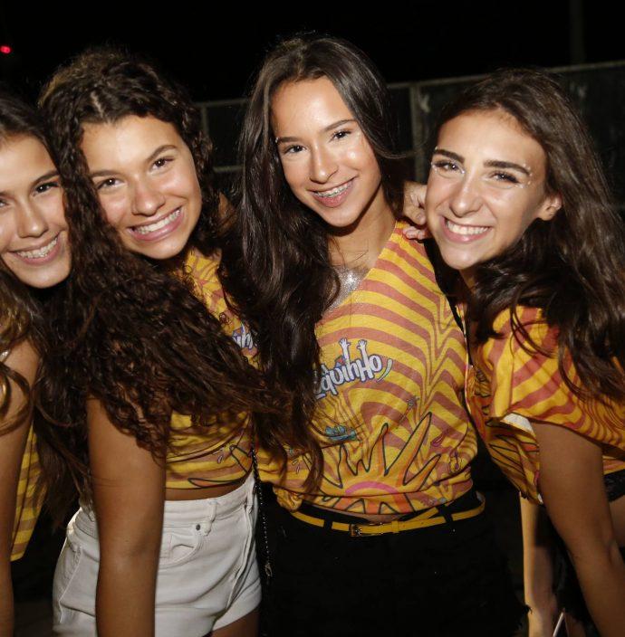Sarah Fernandes, Lissa Santos, Larissa Plutarco E Marina Faco