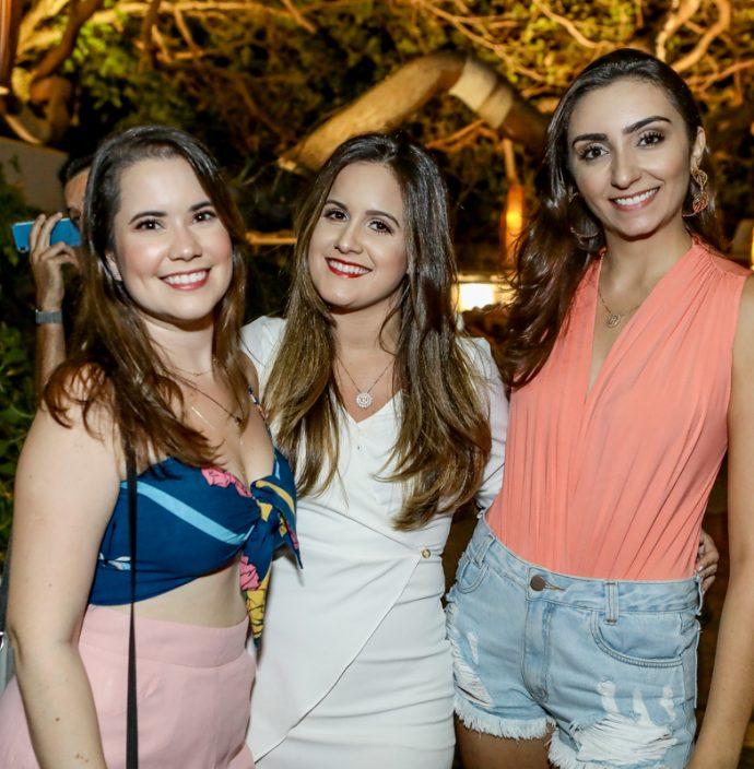 Sarah Rodrigues, Rafaela Torres E Raquel Soares
