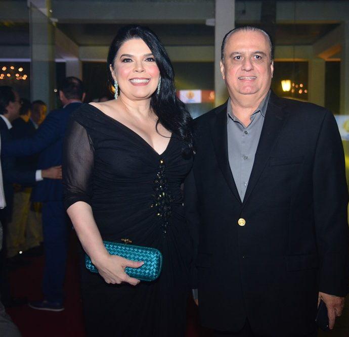 Selene E Max Câmara