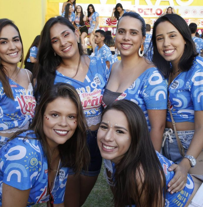 Thais Araujo, Sayonara Freire, Carol Tavares, Vitoria Correa, Rayana Silva E Jucilane Duarte