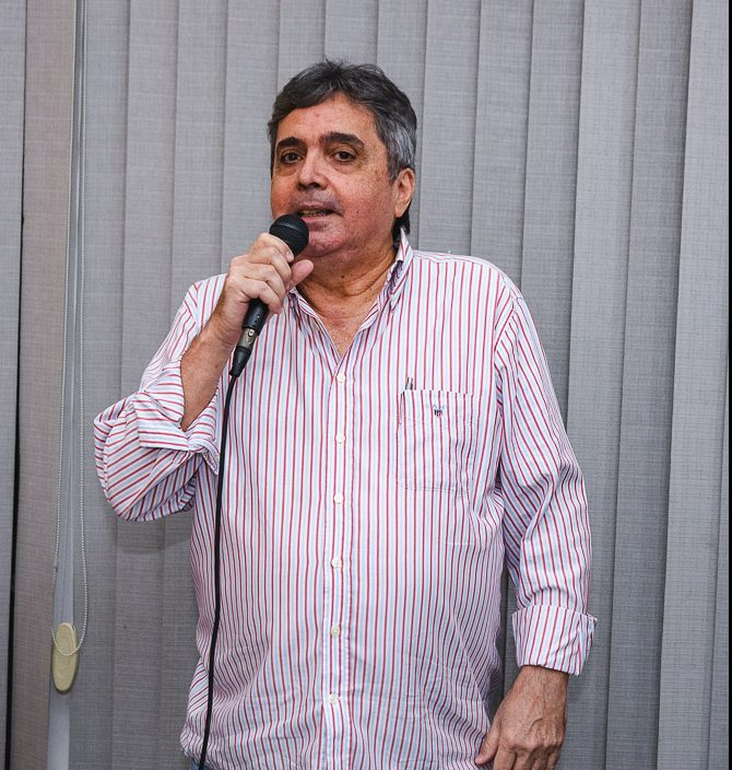 Totonho Laprovitera
