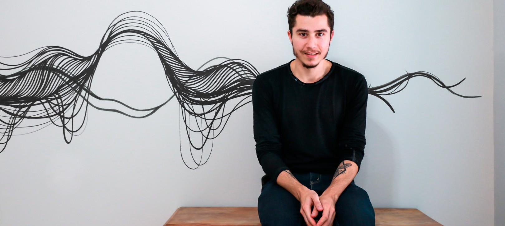 Em mescla de traços e curvas Giuliano Martinuzzo segue com exposição em SP