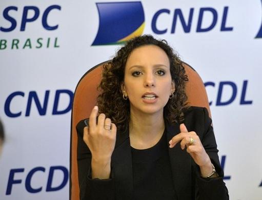 Pesquisa da CNDL/SPC Brasil aponta que 48% dos brasileiros não controlam o próprio orçamento