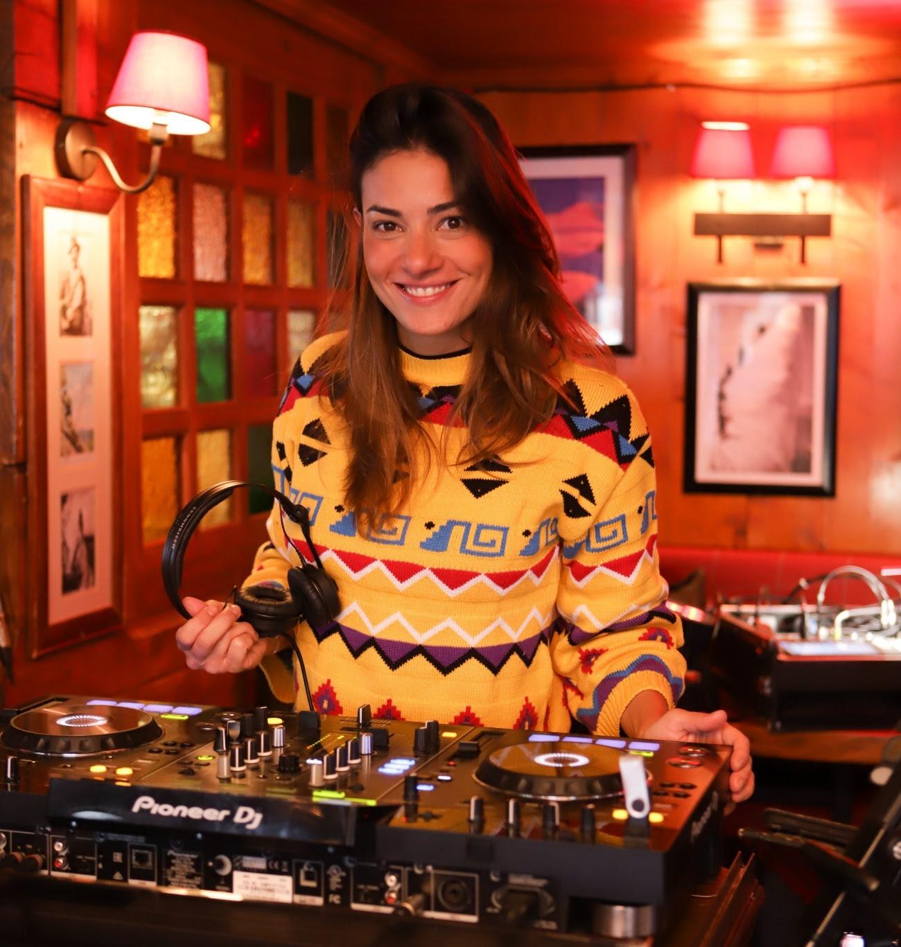 Deejay Mariana Diniz agita Courchevel na 7ª edição doBraskicup