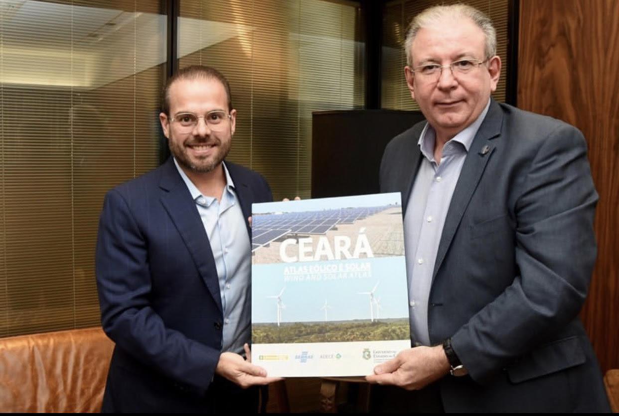 Ricardo Cavalcante e o senador Prisco Bezerra discutem sobre o cenário da indústria cearense