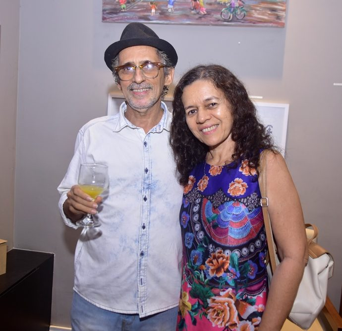 Valber Benevides E Herbenia Andrade