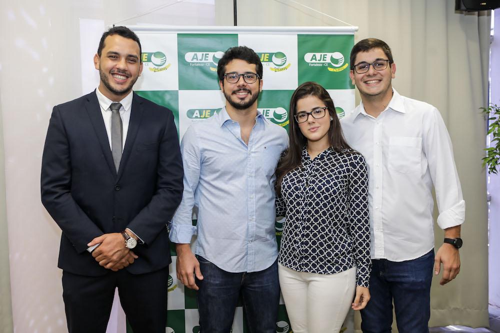 AJE Fortaleza empossa nova Coordenação Executiva para a Gestão 2020