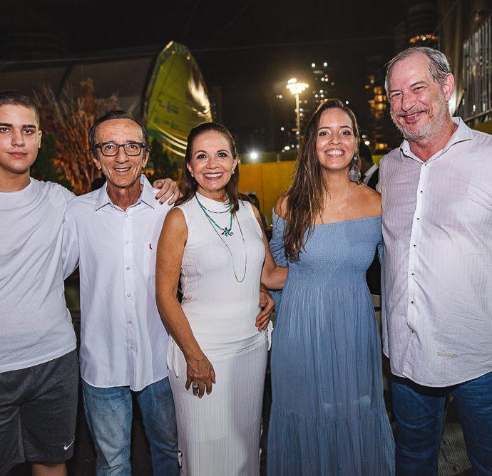Vitor Bezerra, Fernando Bezerra, Cristina Bezerra, Giselle Bezerra E Ciro Gomes