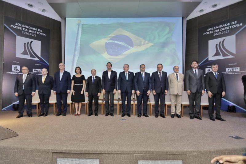 Dias melhores - Patriolino Dias reúne o PIB cearense em sua posse na presidência do Sinduscon-CE
