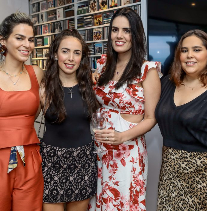 Amanda Tavora, Julia Reis, Carla Fonteles E Natalia Laprovitera