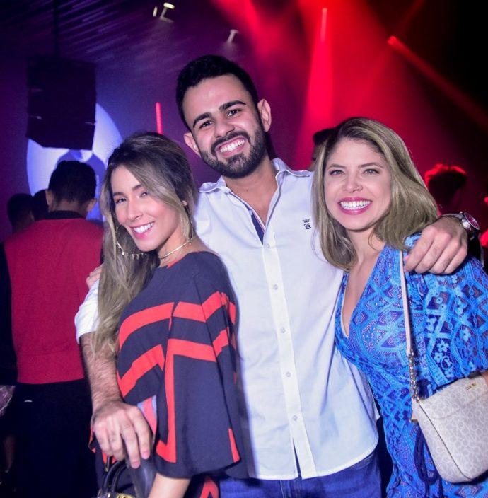 Amanda Telles, Raul Braga, Amanda Araújo