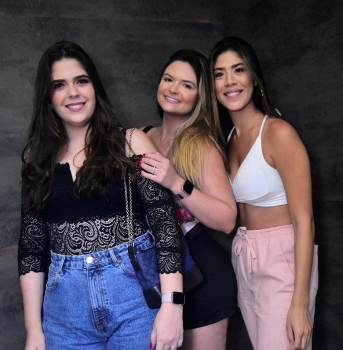 Ana Carolina, Larissa Leal, Isabella Bezerra