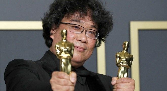 Longa sul-coreano, Parasita faz história ao ganhar o Oscar 2020