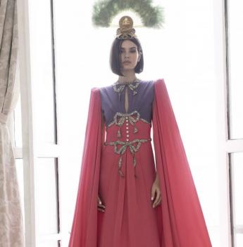 Linda, chic e cool, Camila Queiroz será a Rainha do Baile do Copa 2020