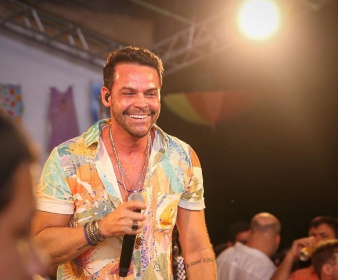Alexandre Peixe lança música tema do Camarote de Salvador. Vem ouvir!