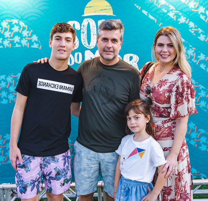 Carlos Henrique, Alexandre Pereira, Leticia E Liliane Meira