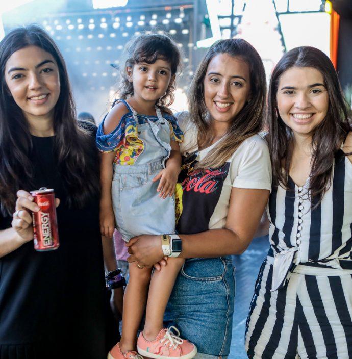 Carol, Lara E Jamile Pinheiro, Carla Navarro