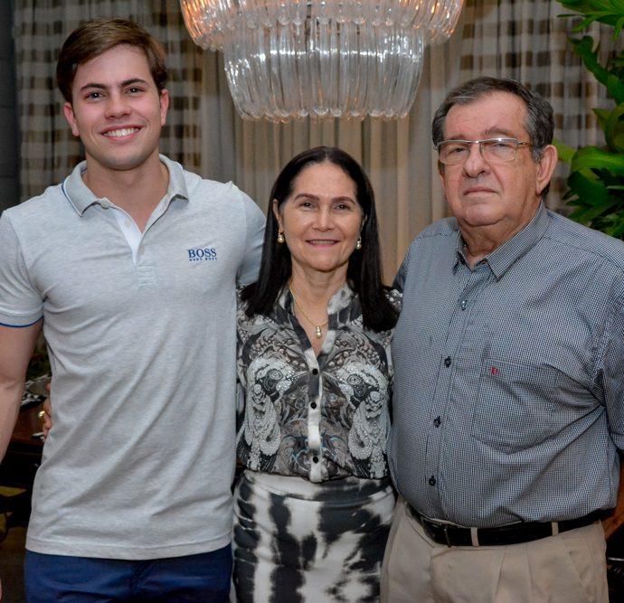 Diego Jucá, Marcia Paraiba E Raimundo Rodrigues