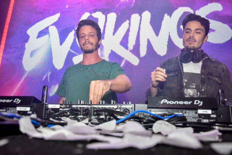 Fervo - DJ Jord Evokings incendeia a pista da Living na privezinha desta sexta-feira