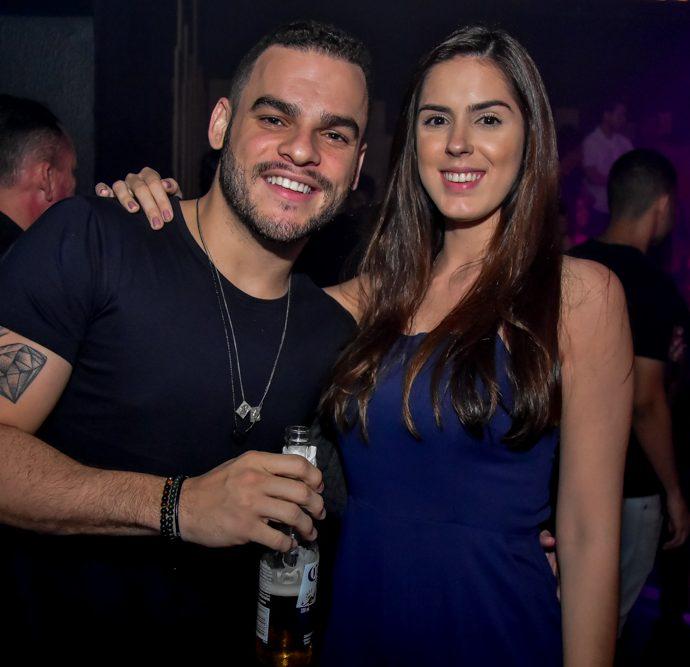Emerson Gomes E Renata Tavares