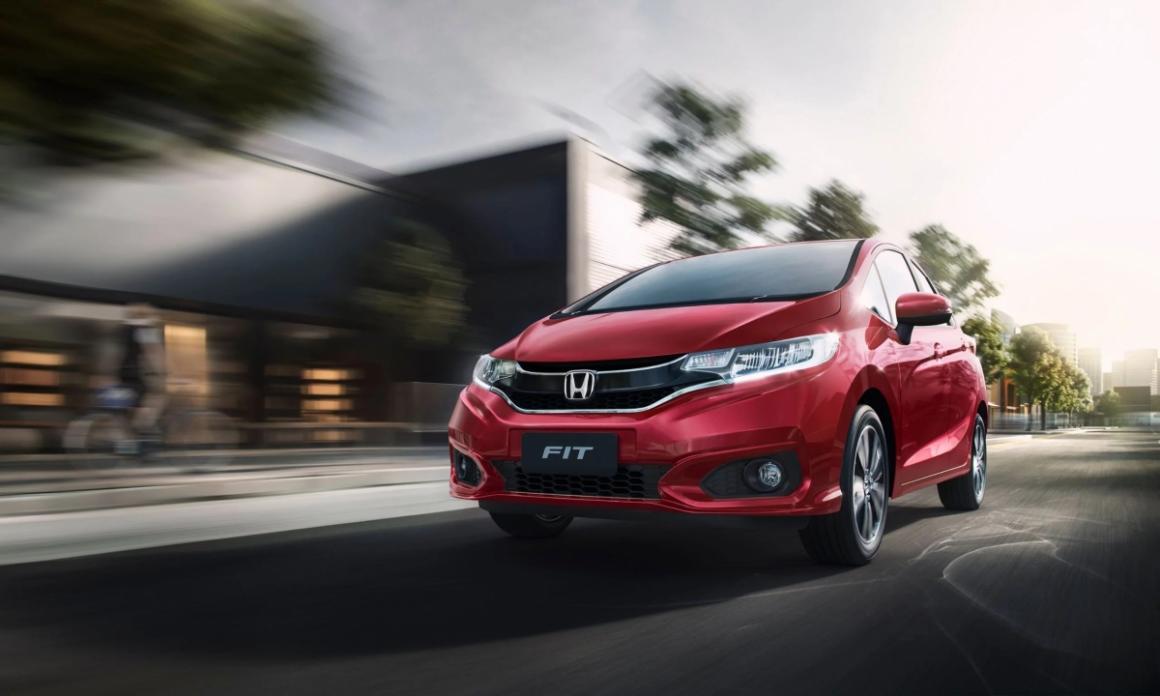 Honda Fit 2020 na Novaluz: um carro normal ou uma minivan surpreendente?