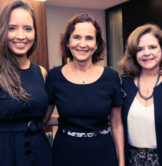 Giselle Bezerra, Izolda Cela E Roseane Medeiros
