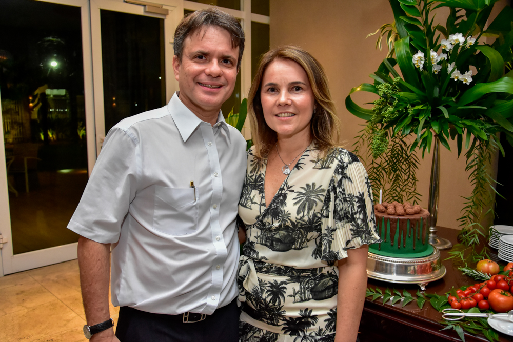 Gyna e André Jucá pilotam jantar especial no Pipo Restaurante