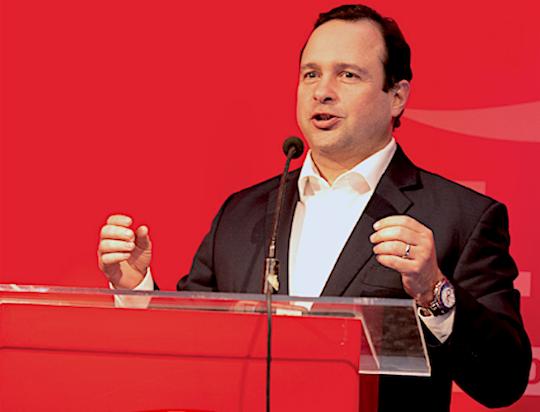 Em nova fase, Esmaltec expande os horizontes e passa a produzir freezers para a Coca-Cola