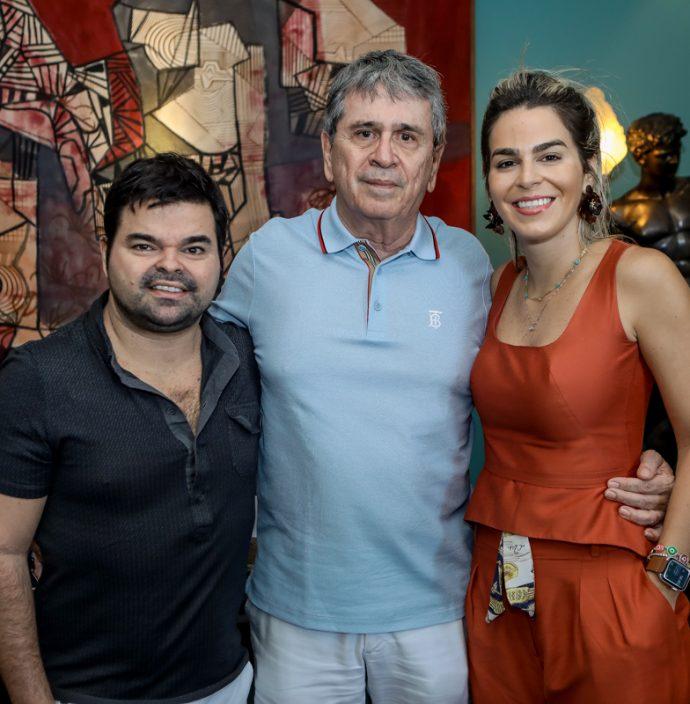 Igor, Marcio e Amanda Tavora