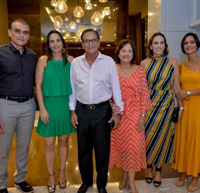 Josmario Cordeiro, Patricia Studart, Beto E Ana Maria Studart, Renata Santos E Karine Studart