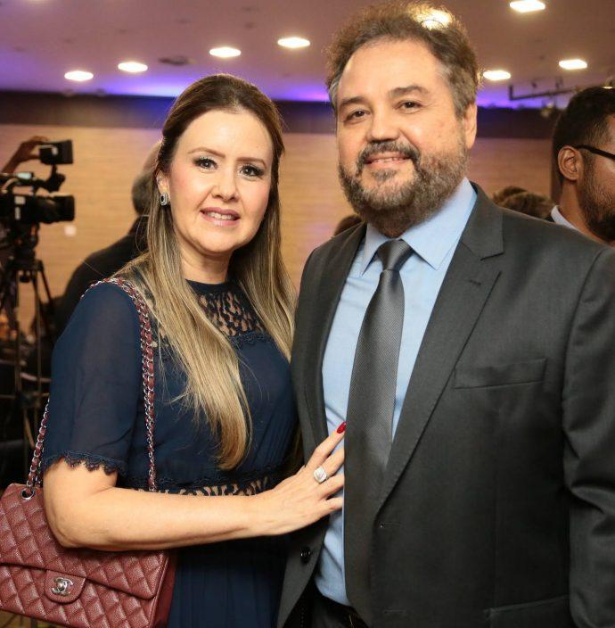 Liana E Tomaz Rocha