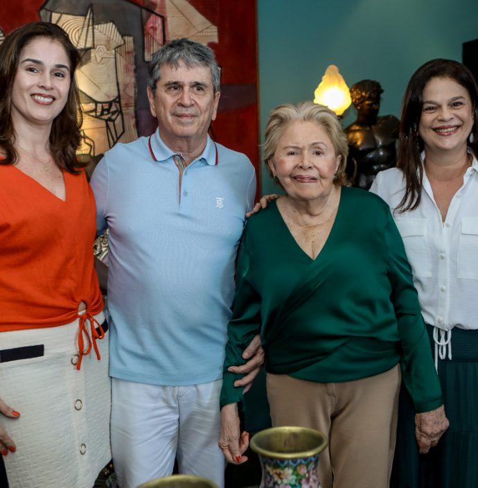 Marcia, Marcio, Elenir E Marilia Tavora