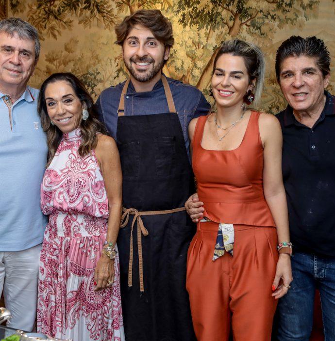 Marcio E Marcia Tavora, Felipe Caputo, Amanda Tavora E Dito Machado