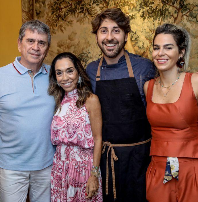 Marcio E Marcia Tavora, Felipe Caputo E Amanda Tavora