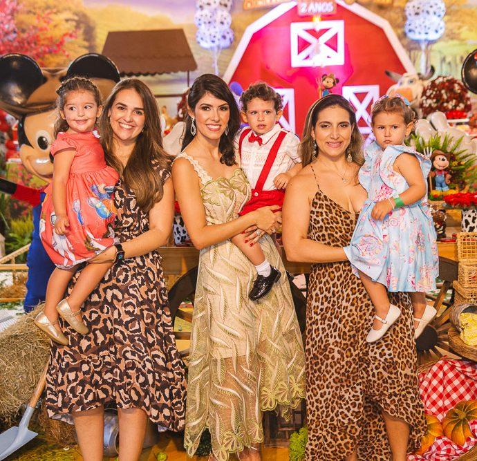 Maria Clara Ribeiro, Isabela Ribeiro, Flavia Laprovitera, Camila Praca E Maria Victoria Praca