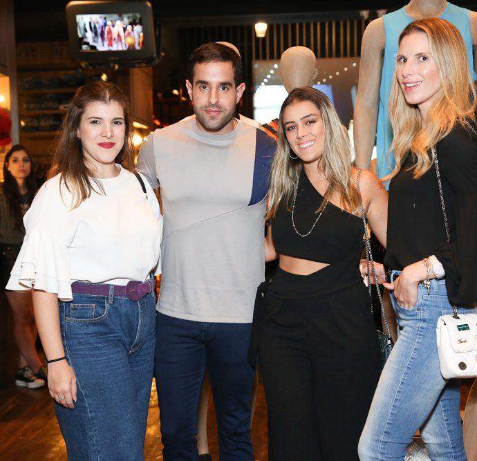 Marina Maffini, Marcell Oliveira, Piera Menezes e Renata Almeida