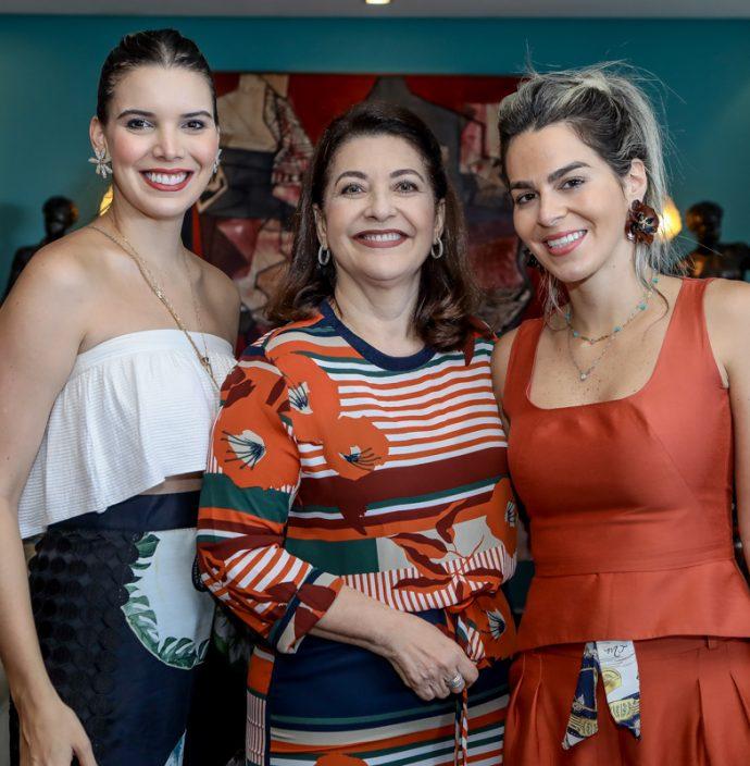 Nathalia E Guirlanda Ponte, Amanda Tavora
